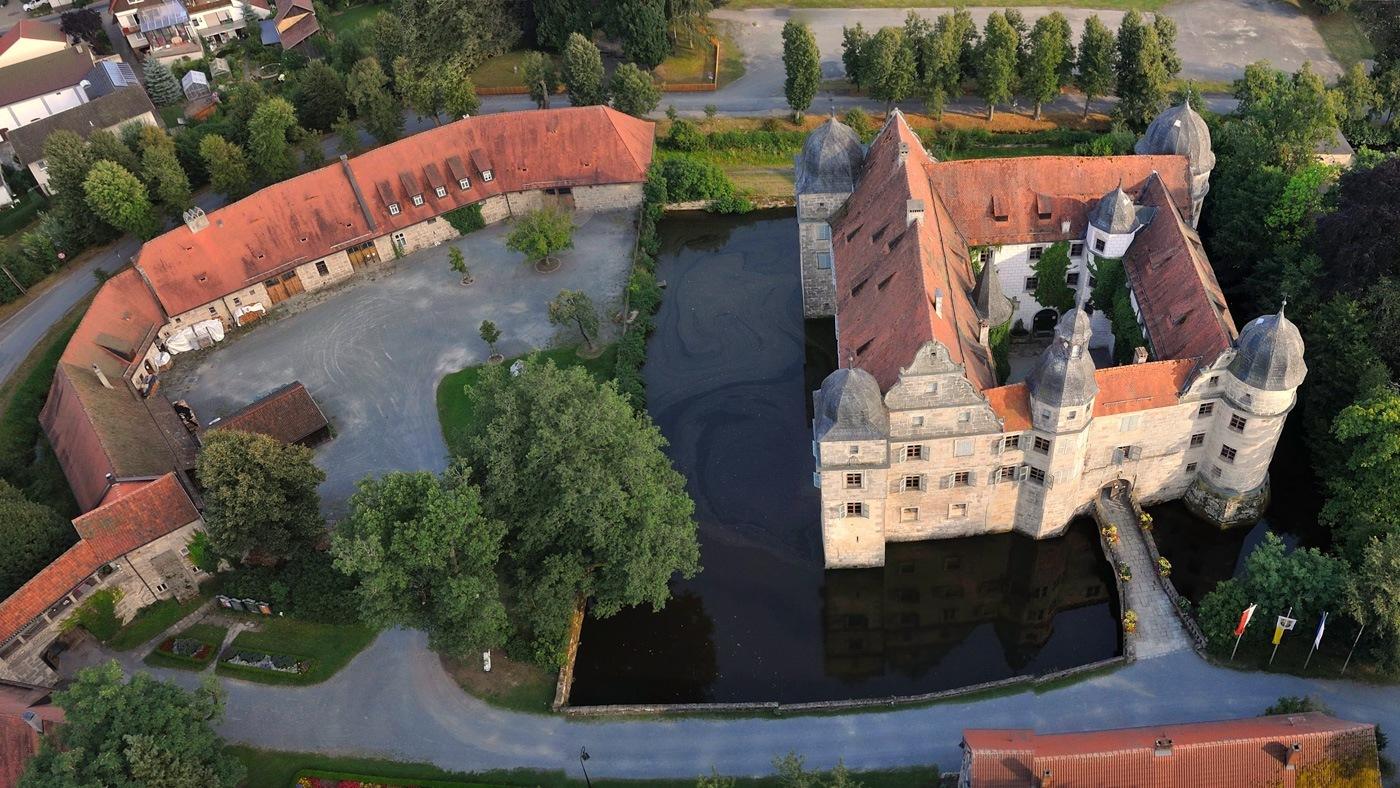 Wasserschloss Mitwitz Luftaufnahme